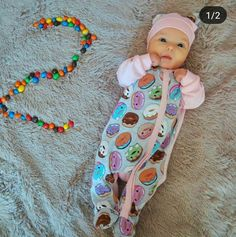 Sweet Baby Photos, Monthly Baby Photos, Newborn Baby Photos, Baby Poses, Mother Baby Photography, Newborn Baby Photography, Funny Baby Pictures, Baby Girl Pictures, Book Bebe