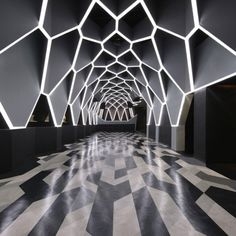 night club in Brazil. (reminds me of the Malkavian Primagen's lair in VTMB)