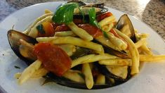 L'amica Alfonsina oggi ci delizia con le: Fileja cozze e pomodorini , un piatto che solo dall'aspetto è molto invitante e appetitoso!!!