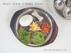 Snail plate = Seder plate (instant upcycle) #Passover
