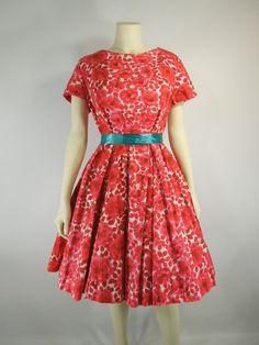 RESERVED 50s Full Skirt Dress Short Sleeve Rose by BeeDeeVintage