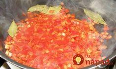 Tento recept som si priniesla z dovolenky v chorvátsku a odvtedy pripravujem pravidelne. Najlepšie je samozrejme z dopestovanej papriky, ale môžete pokojne použiť aj tú z obchodu. Najlepšie je, že túto dobrotu netreba zavárať. Potrebujeme: 2 kg červenej papriky 300 ml 9 % octu 1 l vody 3-4 strúčiky cesnaku 30 g cukru 20 g...
