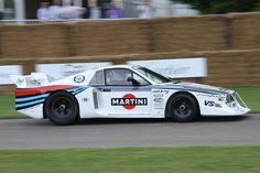 https://i.pinimg.com/236x/d2/94/e5/d294e5de87061b622e4fd81f779f0073--martini-racing-lancia.jpg
