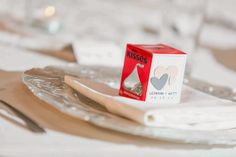 Inexpensive Wedding Favours - Elle's Wedding Tips