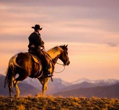Cowboys, cowgirls, horses and anything else I like. Western Riding, Western Art, Western Style, Real Cowboys, Cowboys And Indians, Cowboy Horse, Cowboy And Cowgirl, Cowboy Pictures, Cowboy Images