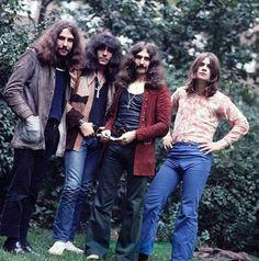 kyussislove:    Black Sabbath 1970 Bill Ward, Tony Iommi, Geezer Butler and Ozzy Osbourne. © Chris Walter