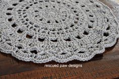 Don't you love the warmth homemade items bring to a space? If so this crochet mandala will fit perfectly in your house! It can be made in just one color or multiple colors for a great stash buster project. You can use it as is or for a pillow, wall hanging and more! Read on down for simple instuctions on how to make this crochet mandala for your home today!!