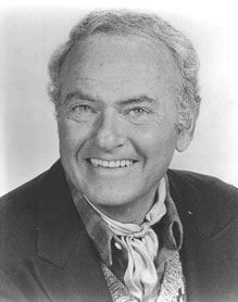 Emmy-winning actor and all-around nice guy Harvey Korman passed away at the UCLA Medical Center today. The eighty-one year old had been fighting for his life the last few months after a rupture in his abdominal aortic aneurysm Classic Hollywood, Old Hollywood, Celebrity Photos, Celebrity News, Harvey Korman, The Others Movie, Carol Burnett, Girl Humor, Funny Faces