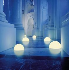 Spherical Moon Lamps - These Moonlight Lamps Make Any Scene Glow Brighter (GALLERY)