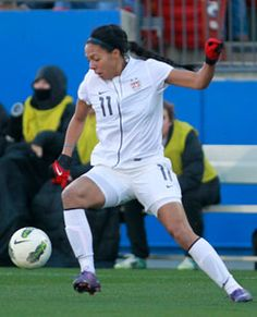 Sydney Leroux signed with the Sounders Women