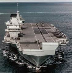 Hms Queen Elizabeth, Navy Carriers, Aircraft Carrier, Royal Navy, Instagram Queen, Ships, Military, Oceans, Boats