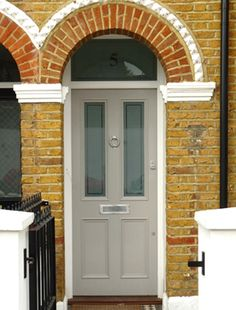 I like that grey! Grey Front Doors, Front Door Colors, Victorian Porch, Victorian Homes, Porch Styles, Victorian Buildings, External Doors, Facade House, House Exteriors