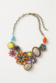 great necklace from vintage brooches. Love this! So pretty!