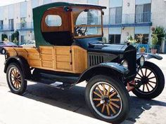 A very interesting 1922 Ford Model T C-cab flare-side pickup truck. Beautiful...