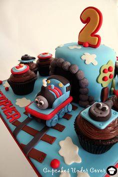 Thomas the Train Cake & Cupcakes