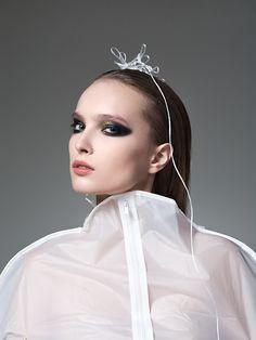 photo by Andrea Zvadova Hair Makeup, Make Up, Hoop Earrings, Crown, Jewelry, Fashion, Maquillaje, Jewellery Making, Moda
