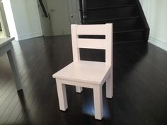 Ana white build a kid's chair free and easy diy project and furniture Diy Furniture Chair, Diy Chair, Cheap Furniture, Furniture Projects, Furniture Plans, Furniture Stores, Diy Projects, Homemade Furniture, Furniture Removal