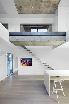http://minimalissimo.com/h67-apartment/