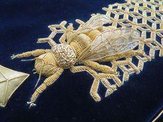 Hand & Lock Goldwork Bee