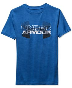 Heathered fabric and a logo graphic give this Under Armour sweat-wicking T-shirt an athletic feel, making it perfect for his sports practices and everyday style. Ropa Under Armour, Under Armour Outfits, Under Armour Women, Sports Bra Outfit, Sport Outfits, Printed Shirts, Tee Shirts, Tees, White Shirt Men