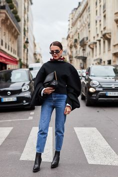 See all the most covetable street style looks from Paris Fashion Week - https://www.luxury.guugles.com/see-all-the-most-covetable-street-style-looks-from-paris-fashion-week-350/