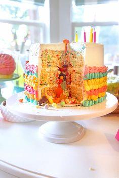 "Party Cake from Cinco ""en"" Mayo 5th Birthday Fiesta | Kara's Party Ideas"
