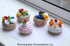 Купить шкатулочка-пироженка - шкатулка, шкатулка для украшений, деревянная шкатулка, хлопок, фрукты, вязаные сладости