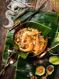 Authentic Thai food by The Tourism Authurity of Thailand (Photograph section) . Authentic Thai Food, Authentic Chinese Recipes, Thai Recipes, Asian Recipes, Wedding Wallpaper, Thai Street Food, Thai Cooking, Food Concept, Food Illustrations