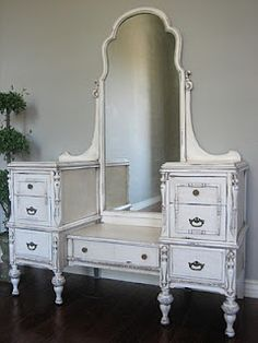 What do you do with your crappy old furniture? Turn it into treasure! Check this site out!