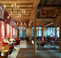 Ocaña nightclub, Barcelona bar and restaurant