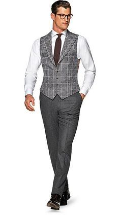 Suitsupply Waistcoat: Our tailored waistcoats are ideal to complement your style. Italian fabrics, impeccable slim fit—just a few reasons you should check out our latest arrivals! Suit Supply, Men's Waistcoat, Smart Casual Men, Fashion Design Drawings, Work Fashion, Men's Fashion, Suit Vest, Mens Fashion Suits, Formal Wear