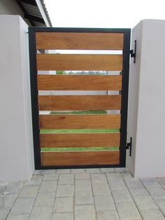 Garden gates 522276888039274432 - Source by Wooden Garden Gate, Metal Garden Gates, Metal Gates, Wooden Gates, Garden Doors, Metal Gate Door, Fence Garden, Front Gate Design, House Gate Design