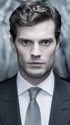 Now you'll be able to see that face everyday. #fiftyshades #greyinterns @fiftyshadesmovie