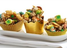 Cute - Pot o' Gold Chex Mix from tablespoon.com - pinned by http://sallyeidson.willowhouse.com