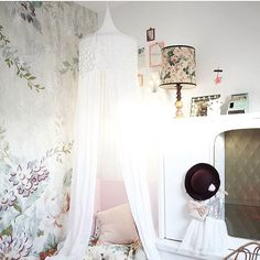 Bohemian style! @fleursdamelie your home is unbelievably beautiful!! ♡ [m#bohemianstyle #numero74 #canopy