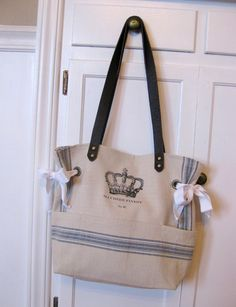 Crown Tote | Zeta Tau Alpha