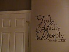 Beautiful customized wall decal giveaway on RachelWojo.com !
