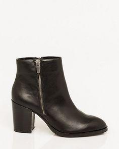 Le Château: Leather-Like Ankle Boot