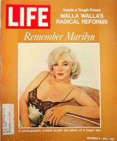 VINTAGE LIFE MAG MARILYN MONROE 1972 FAB SHOES TOO Iconic Marilyn Monroe photos inside this magazine. But it also includes a great 1972 Shoes photos- great for design! In very good condition.