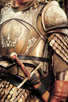 Game of Thrones + Costume Details   ©