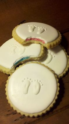 Gender Reveal Sugar Cookies by Sooieets, via Flickr