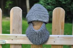 Reflective Knitted Infinity Scarf and Hat Set, Chunky Reflective Kid's Beanie Hat and Scarf Set, grey, age c. 18-36 months