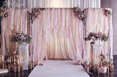 Romantisch of overdreven? Wat vindt jij van een speciaal tafereel voor de huwelijksvoltrekking? #trouwen #bruiloft