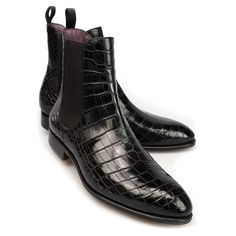 CARMINA ALLIGATOR CHELSEA BOOTS  - The black toecap chelsea boots, this is the Carmina elevation of this timeless style in the finest genuine Alligatore skin. As all our exotic leather, this skin it's dyed by hand with the finest dye and skills.