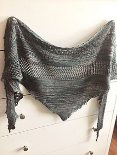 Ravelry: Over the Sea to Skye pattern by Kalurah Hudson Shawl Patterns, Knitting Patterns, Knitting Ideas, Knitted Shawls, Knit Hats, Mad Hatter Hats, Knitting Accessories, Fashion Plates, Shawls And Wraps