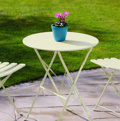 table painted in ronseal white ash garden paint