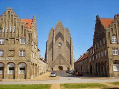 World's Beautiful Landscapes.: Grundtvig's Church   Copenhagen, Denmark