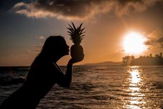 #kauai #poipubeach #pineapplesunset  follow Dmunsonphoto on Instagram @dmunsonphoto