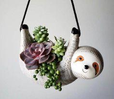 Succulent Gifts, Succulent Care, Ceramic Planters, Planter Pots, Keramik Design, Decoration Plante, Diy Décoration, Planting Succulents, Succulent Plants