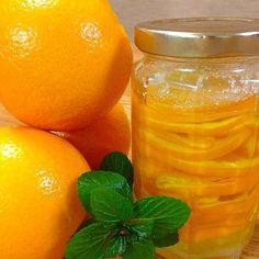 どうしても作りたくて、無農薬でないオレンジを使用。 無農薬があれば、その方がずっとずっと良いです  この方法で、ほとんどの 農薬、ワックスが 取れるらしい。そうあって欲しい 願いを込めて作りました。 - 150件のもぐもぐ - オレンジのコンフィ by btnon